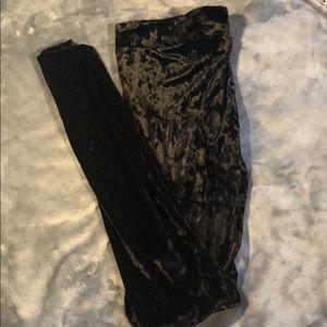Mossimo black crushed velvet leggings